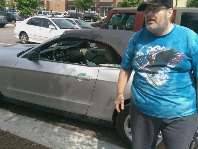 hombre salva perro de auto 5