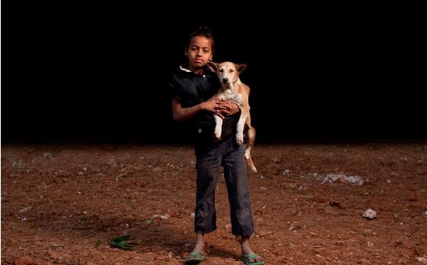 niños huerfanos adoptan perros 2
