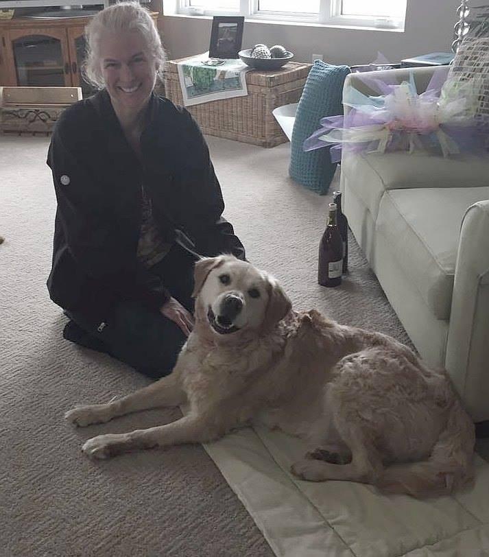 perro abandonado en iglesia encuentra hogar 5