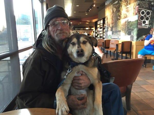 Perros no abandonan a los humanos 47