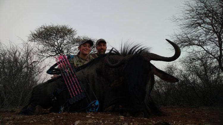 nina-caza-animales-y-publica-fotos-en-facebook6
