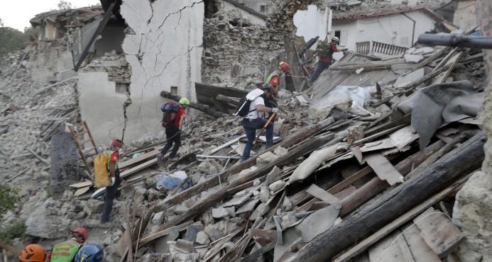 perro-rescatado-terremoto-de-italia4