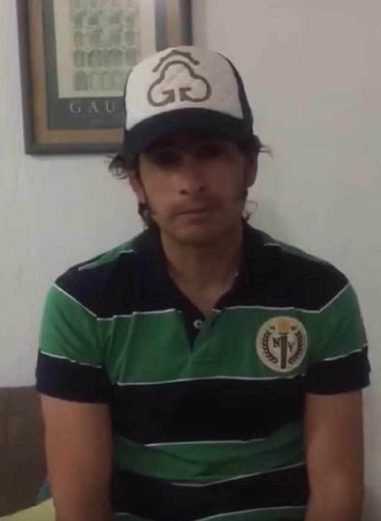 rejoneador-emiliano-gamero-castiga-a-su-caballo-propinandole-una-golpiza-3