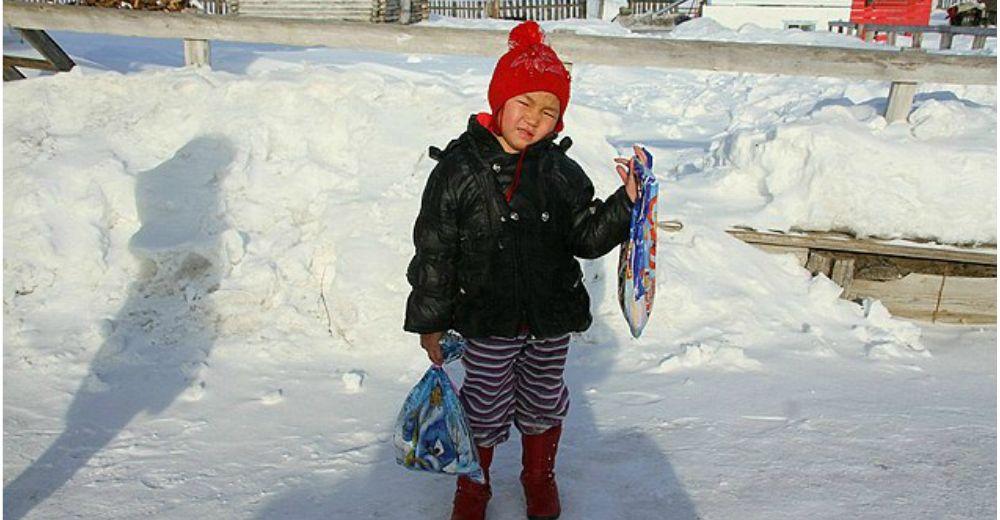 Tiene 4 años y caminó 8 km a -24ºC entre lobos para pedir ayuda tras perder a su abuela